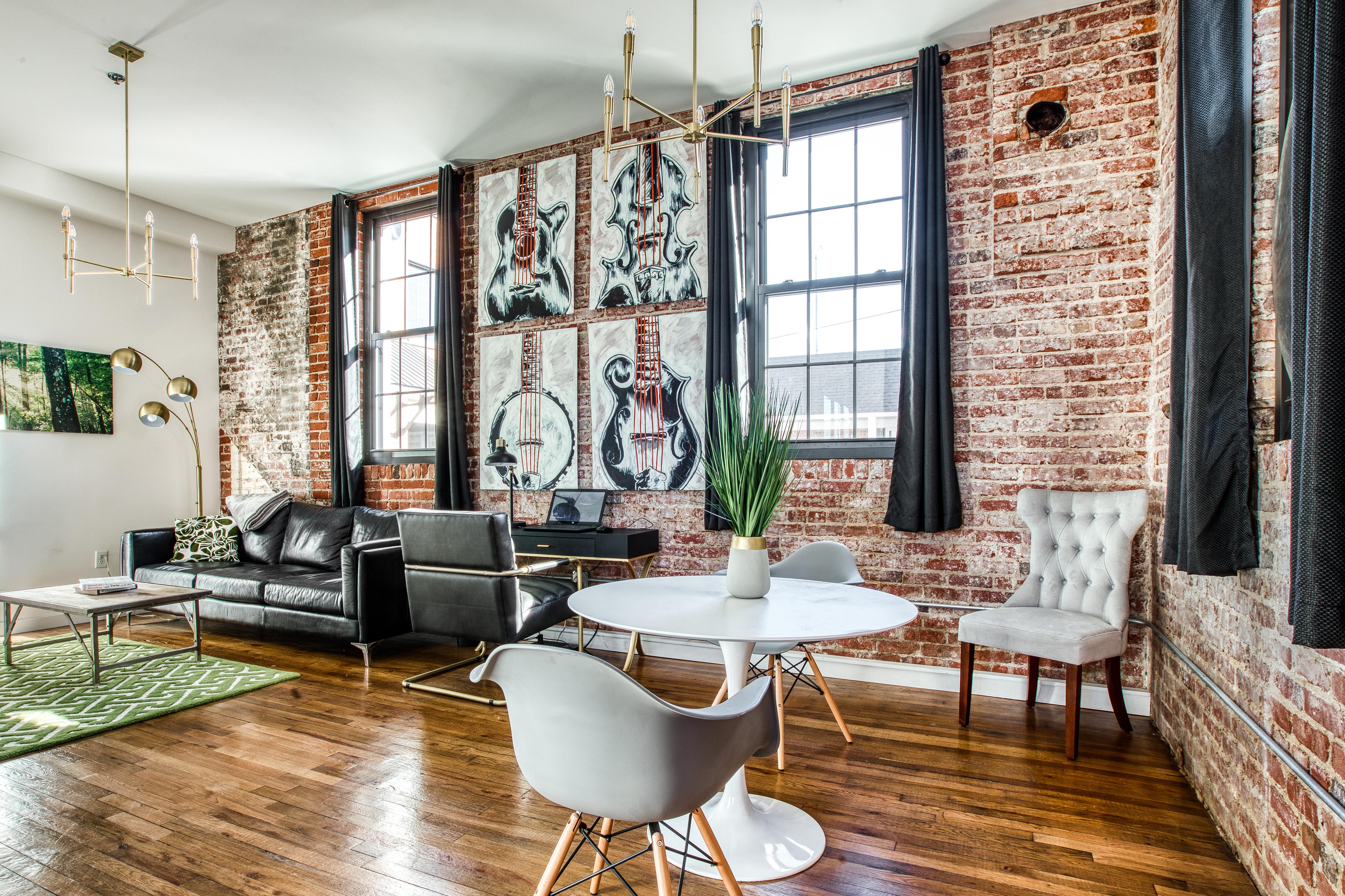 201 8th Street — The Remington Bristol Loft Apartments ...