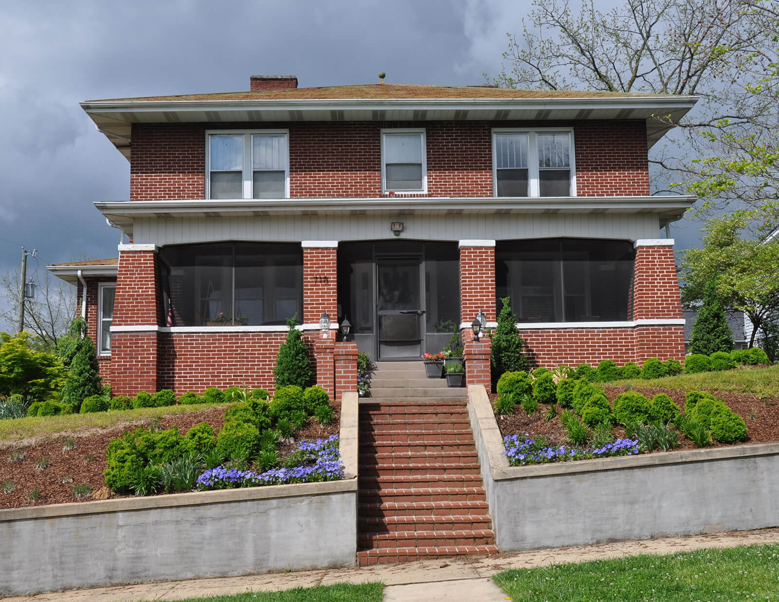 Euclid Avenue Historic District – (Amy Hopper, Bristol Historical Association)